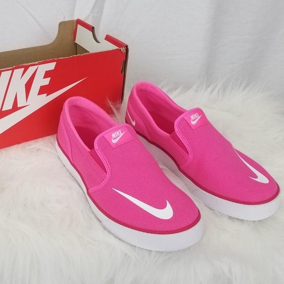 17975de63942 Pink Nike slip ons